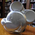 Image of Mickey Mouse cake pan